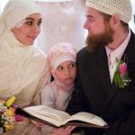 BACA Ini … Ajak Istri Belanja & Jalan2!! Pahala yg Anda Dapat Lebih dari Iktikaf di Masjid sebulan.